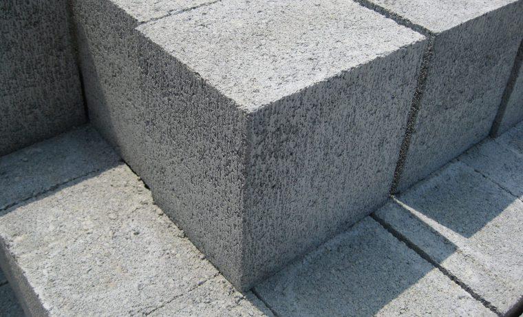 コンクリート束石