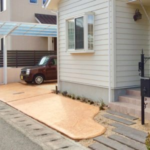 スタンプコンクリートでアメリカ風住宅を可愛く!